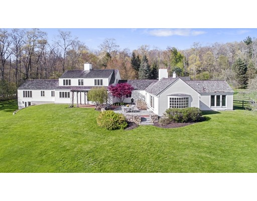 2 West Hollow Andover MA 01810