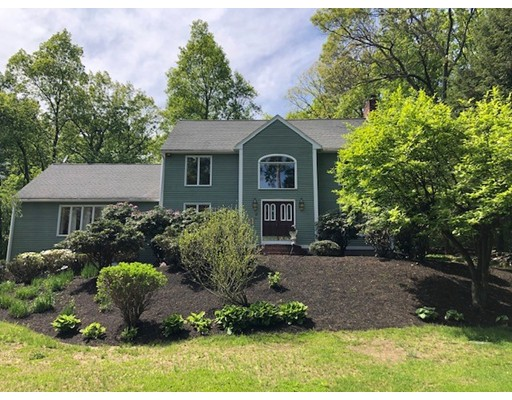 17 Lancaster Rd, Northborough, MA 01532