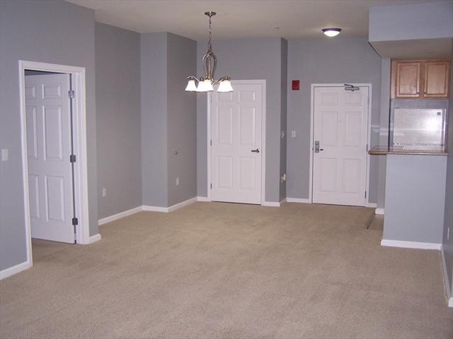 38 Village Rd, Middleton, MA, 01949,  Home For Sale