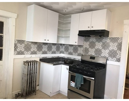 This is a lovely second floors apartment .   Stainless steel appliances, gas stove, balcony!  Beautiful textured ceilings,. Accessible to transportation bus #32 to forest hill station. Commuter rail access as well!    This unit is available for June 15th (May be possible to move in earlier if desired)    First/last/security/broker required.