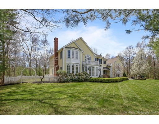 38 Winding Oaks Way, Boxford, MA 01921