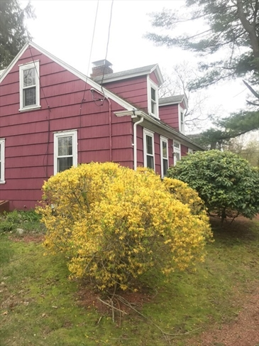 371 Mount Hope Street North Attleboro MA 02760