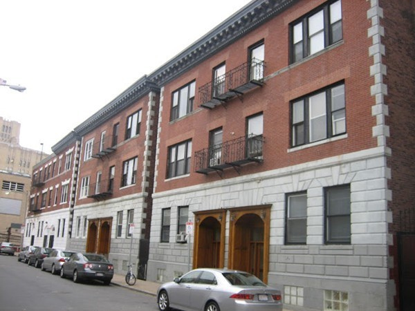 17 Aberdeen Street Boston MA 02215