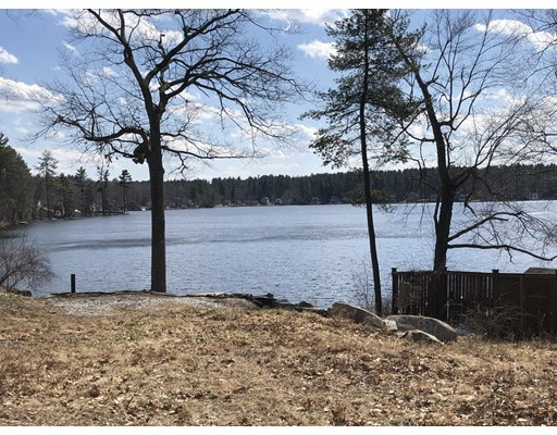 4 Little Island Park, Pelham, NH 03076