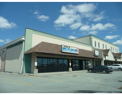 High Traffic , Highly Visible Retail/Office/ Storage Space in Busy Strip Mall !! There are 3 Units now available, including one 1,200 SF  and one 1,900 SF storefront retail/office space plus  a 1,400 SF storage/contractor space with 14' ceilings at The Bridge Shops.  A nice strip plaza with plenty of visibility and plenty of parking directly across the Fairhaven bridge.  Located on Rte 6 on Pope's Island.  Lease Rate $10.00/sq.ft Triple Net. Neighboring stores include , Fathoms Restaurant, Alphagraphics, Worley Beds,  and Wash House Salon! Call Today!!