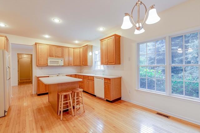 11 Alder Way, Bedford, MA, 01730,  Home For Sale