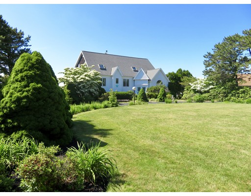 19 Long Boat Rd, Bourne, MA 02532