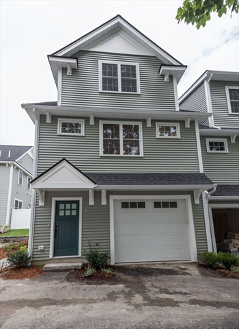 61 Valley Street, Wakefield, MA, 01880,  Home For Sale
