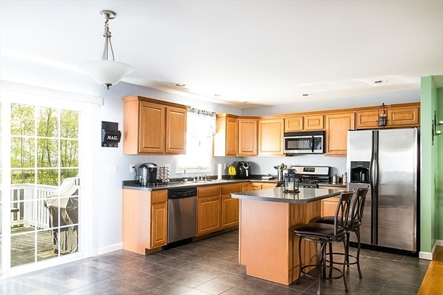 65 Evelyns Way Fall River MA 02724