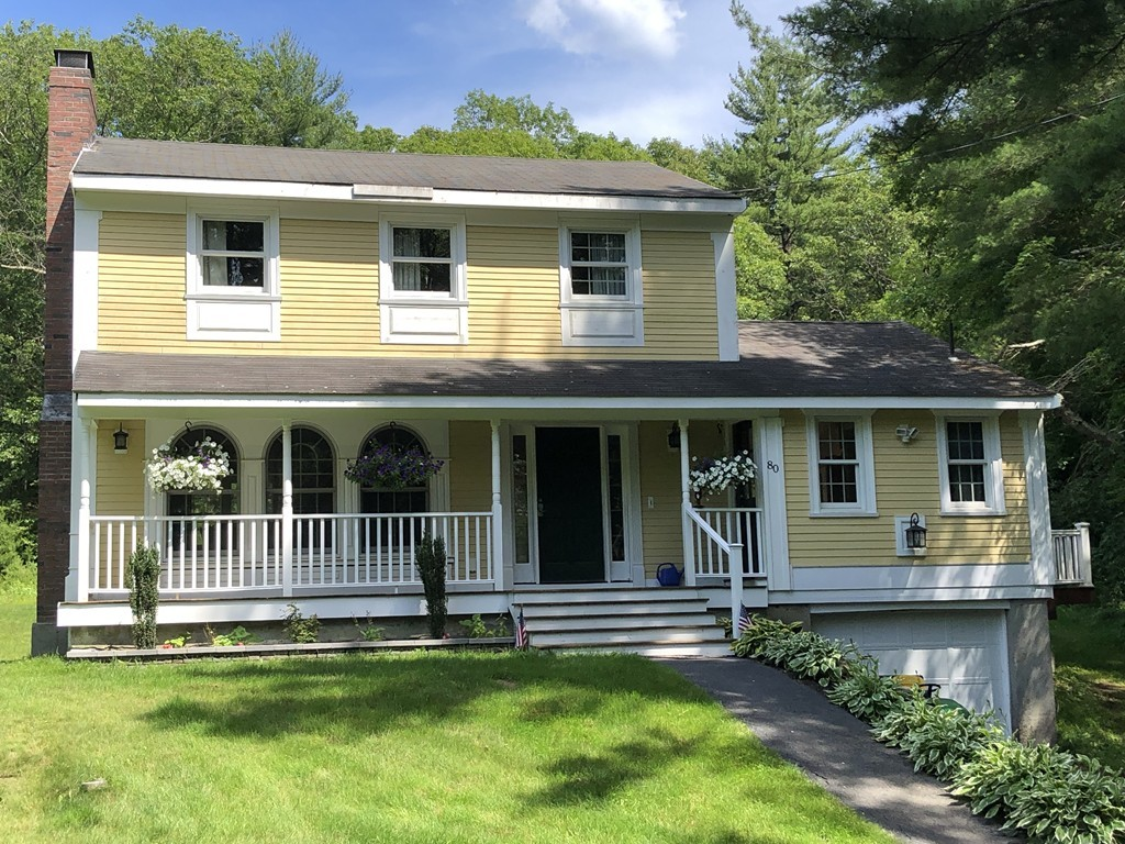 Photo of 80 Sutton Rd Webster MA 01570