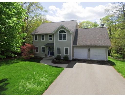31 College View Heights, South Hadley, MA 01075