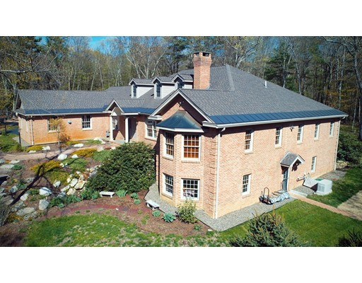 9 Woodside Rd, Harvard, MA 01451