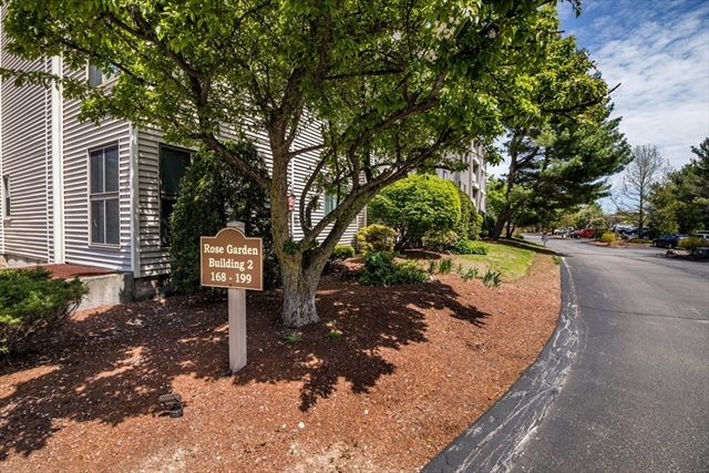 255 North, Chelmsford, MA, 01824,  Home For Sale