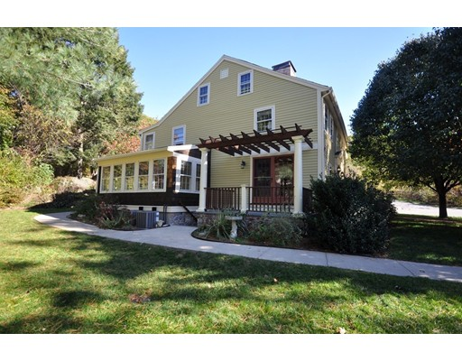1 Stephen Lane Drive 1, Bedford, MA 01730