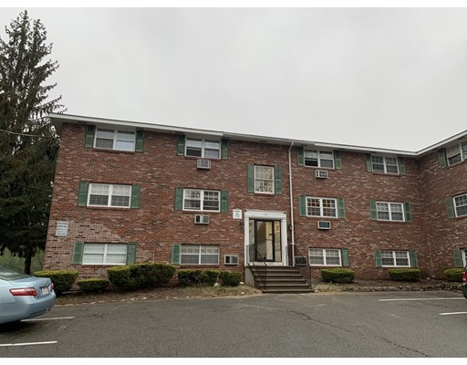 367 Hildreth Street Lowell MA 01850