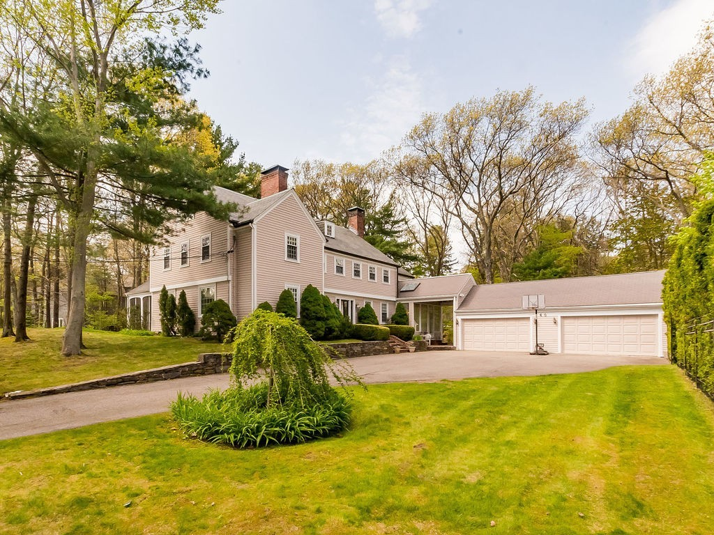 Photo of 40 Pudding Stone Lane Newton MA 02459