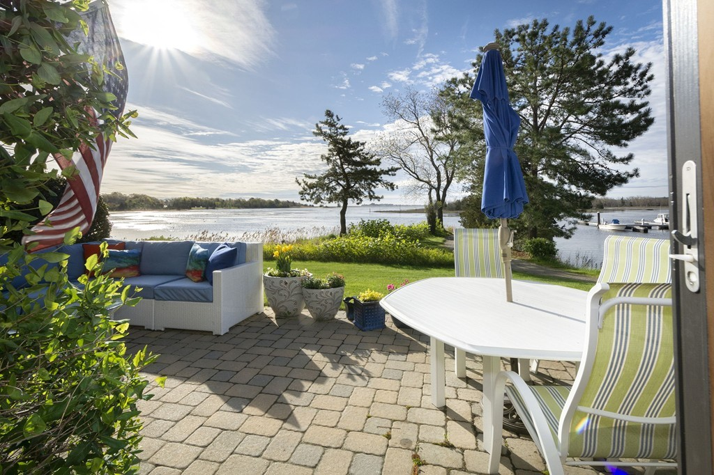 39 Ladds Way, Scituate MA Real Estate Listing | MLS# 72500848