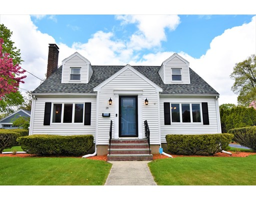 18 Maple Street Lynnfield MA 01940