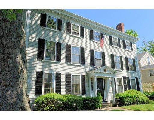 96 Front St, Marblehead, MA 01945