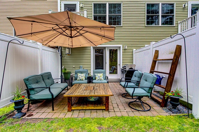 143 Broad St, Hudson, MA, 01749,  Home For Sale