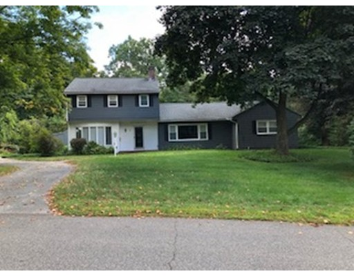 4 South Sycamore Knolls, South Hadley, MA 01075