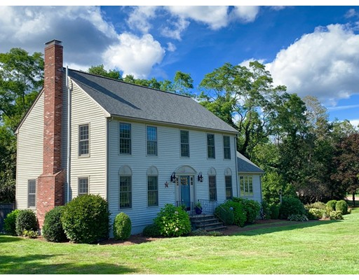 21 Bretts Farm Rd, Norfolk, MA 02056