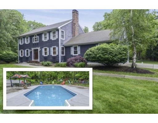 30 Earls Court Rochester MA 02770