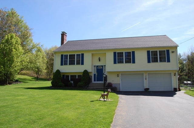633 Howe Street East Brookfield MA 01515