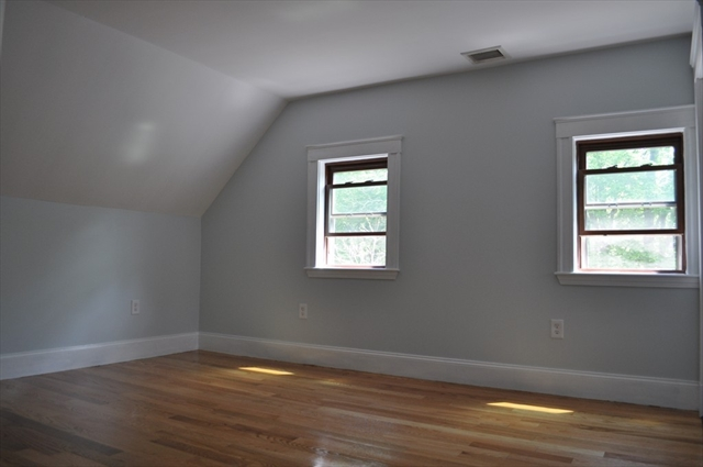 537 Crescent Street Brockton MA 02302