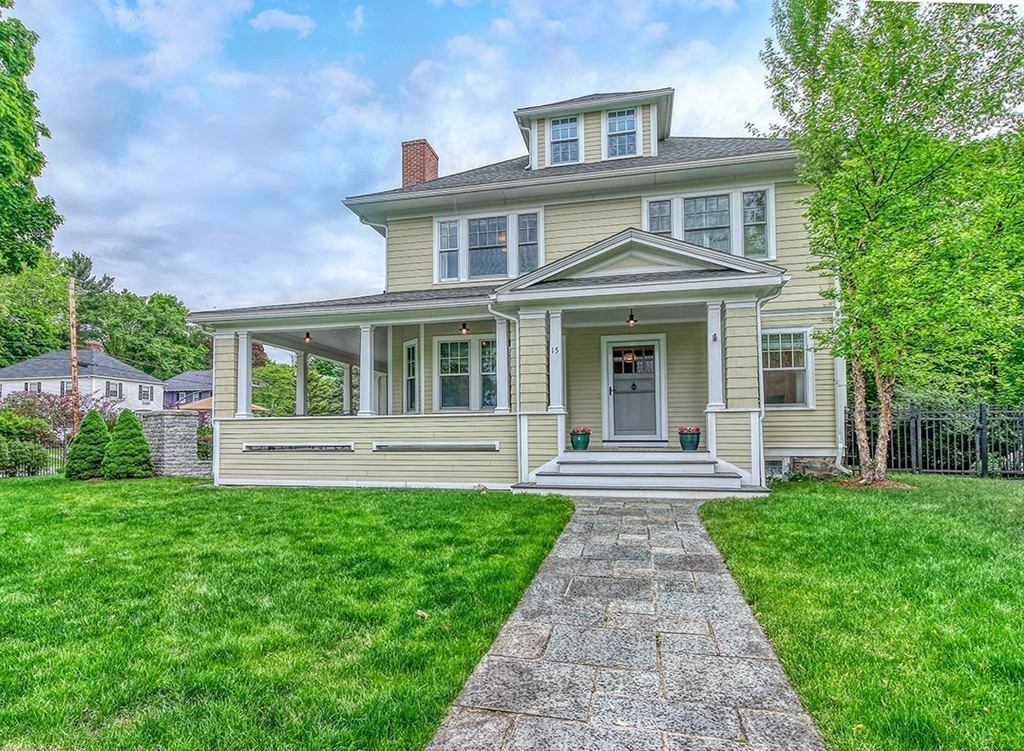Photo of 15 Foxcroft Rd Winchester MA 01890