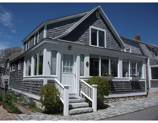 18 Central Ave, Harwich, MA 02646