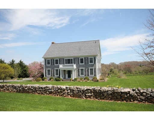 50 Pardon Hill Rd, Dartmouth, MA 02748