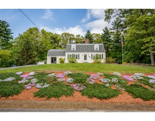 100 Carpenter Rd, Northbridge, MA 01588