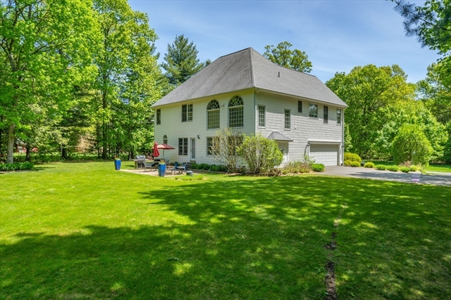 19 LAUREL Ridge Southwick MA 01077