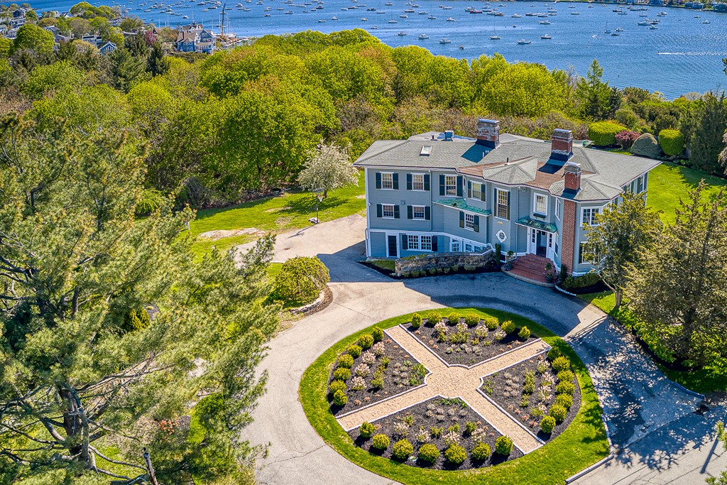 Photo of 76 Bubier Rd Marblehead MA 01945