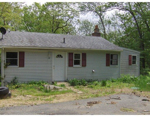 43 Heritage Dr, Holland, MA 01521