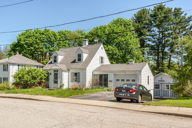 30 Marywood Street Uxbridge MA 01569
