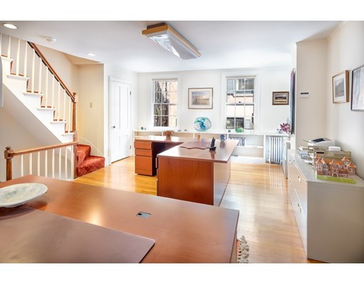 4 Bellingham Place ##4, Boston, MA 02114
