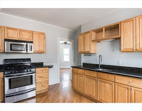 33 King St #3, Boston, MA 02122