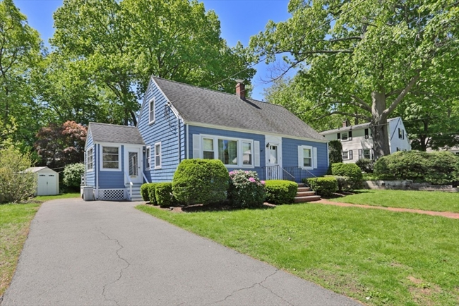 5 Lexington Street Stoneham MA 02180