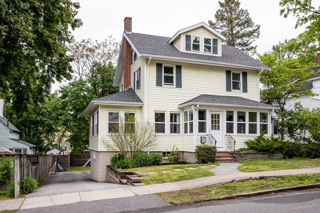 71 LOCUST Street Reading MA 01867