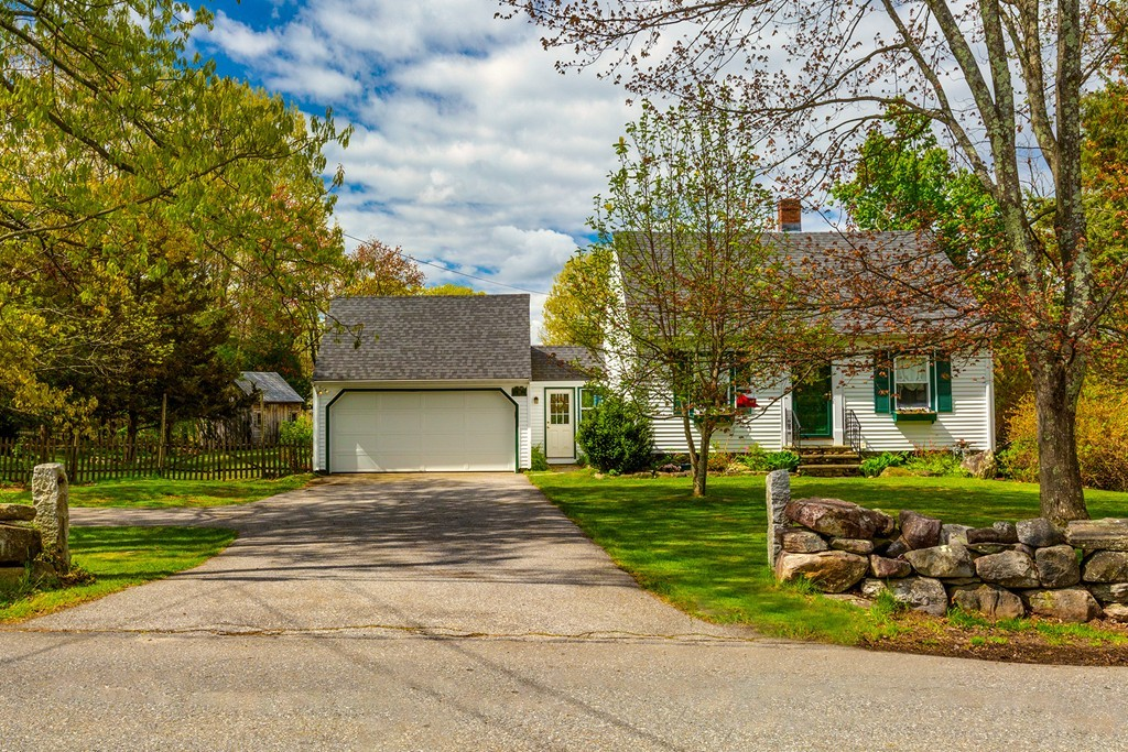 Photo of 19 Fort Pond Hill Rd Littleton MA 01460