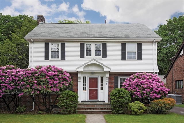 7 Rangeley Road Newton MA 02465