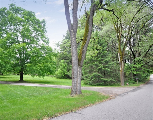 212 Lindsay Pond Rd, Concord, MA, 01742,  Home For Sale