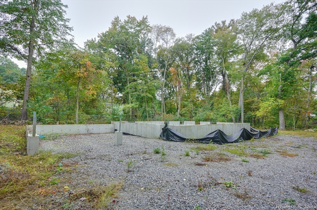 68 Wilmington, Burlington, MA, 01803,  Home For Sale