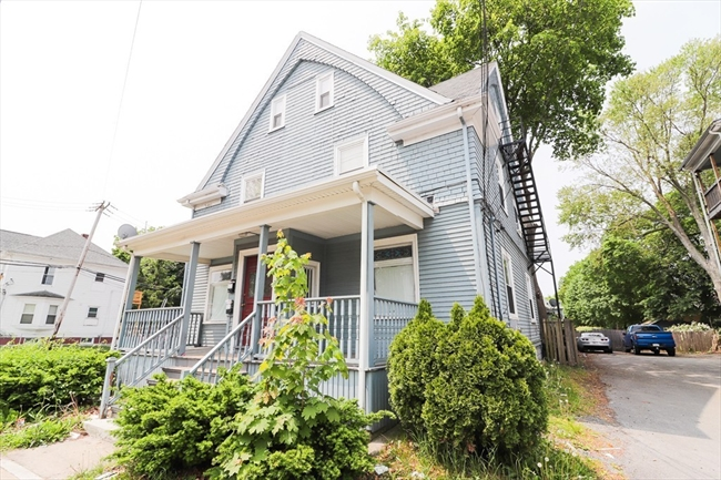 933 Warren Avenue Brockton MA 02301