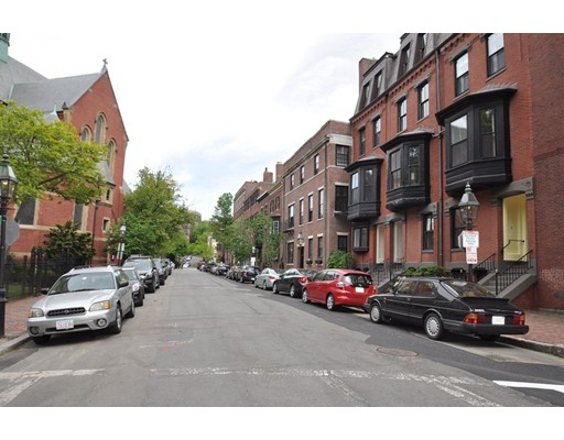 160 Mt Vernon St, Boston, MA 02108