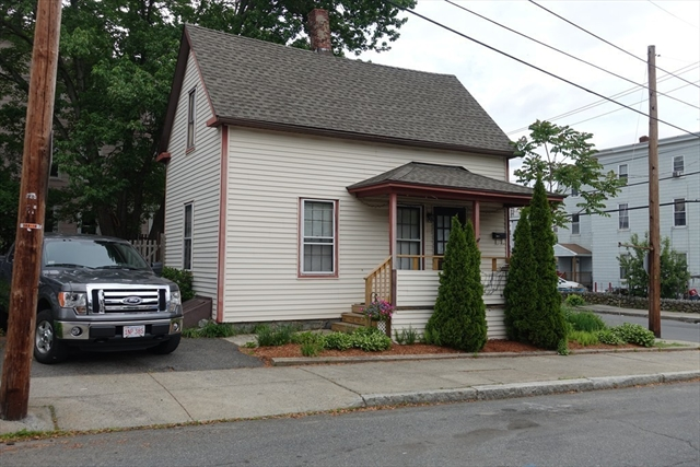 103 Brookfield Street Lawrence MA 01843