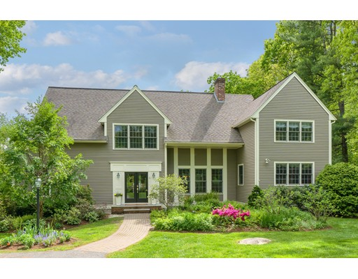 16 Constitution Dr, Southborough, MA 01772