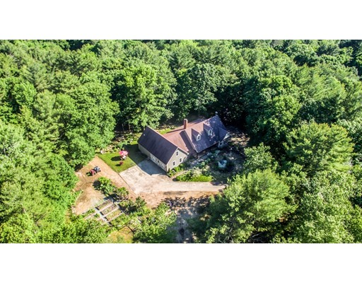 54 Hastings Rd, Spencer, MA 01562